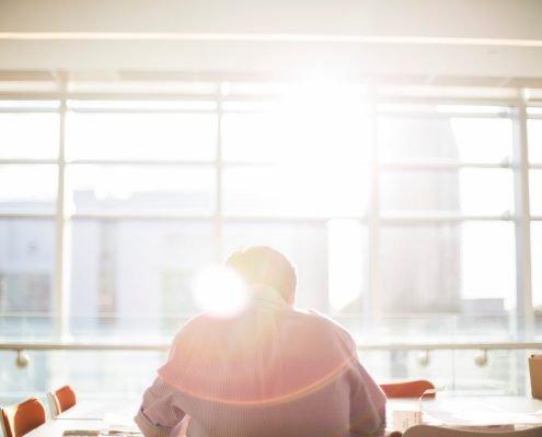 Büro mit der Sonne